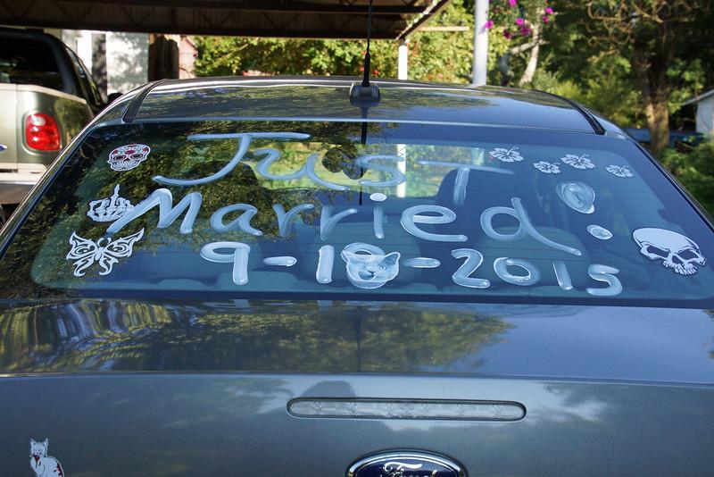 DSC02027-wedding car.jpg