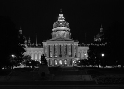 031-iowa_capitol-dsm-24jun08-bw-0022