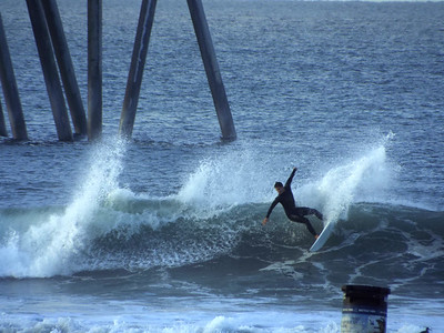 11/25/19 * DAILY SURFING PHOTOS * H.B. PIER