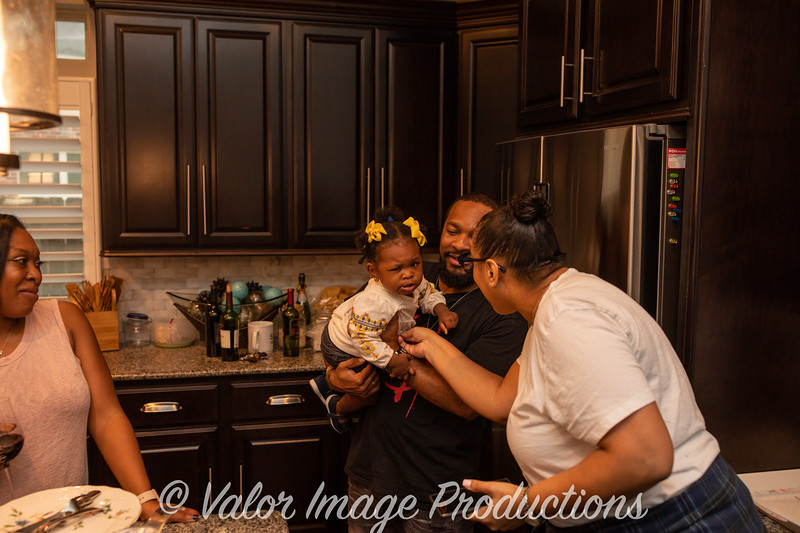 ©2019 Valor Image Productions Lewis Thanksgiving-15240.jpg
