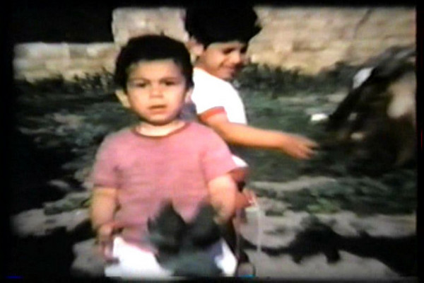 Snapshots of home videos