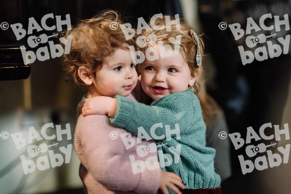 © Bach to Baby 2017_Alejandro Tamagno_St Johns Wood_2017-12-01 024.jpg