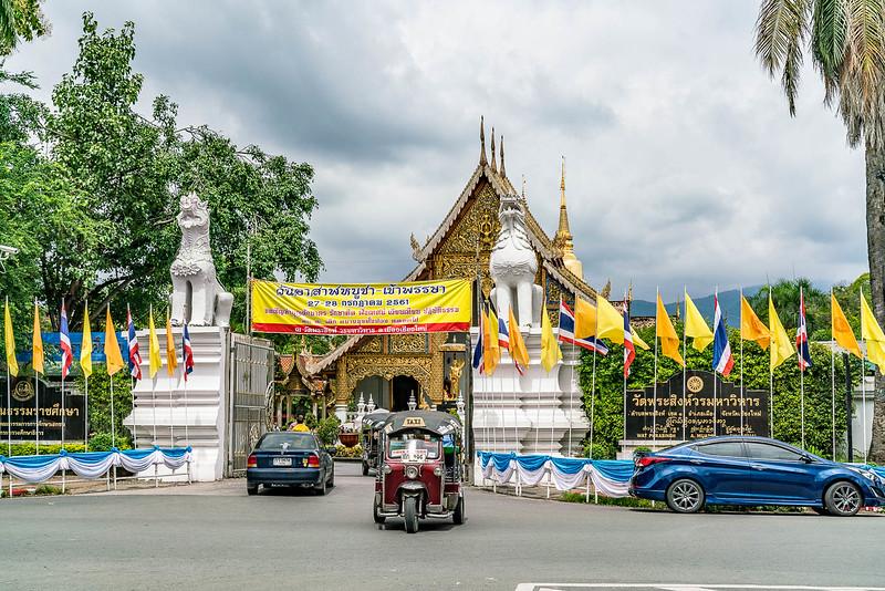 chiang-mai-old-city-walking-tour-3187.jpg