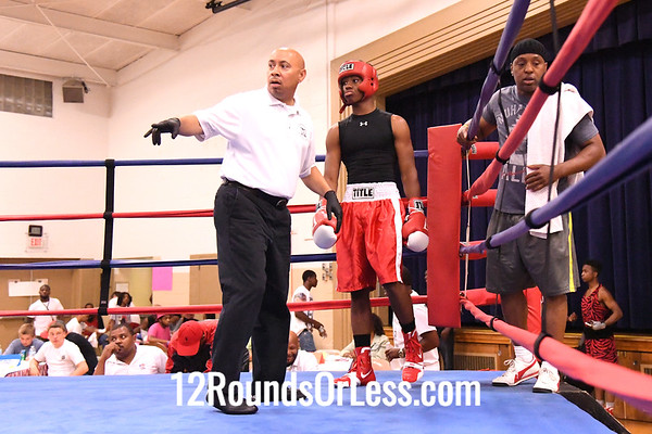 Bout #2: Chevan Stillwell, Red Gloves, Mansfield -vs- Soloman Howell,  Blue Gloves, Kings Gym, Cleveland, 165 Lbs