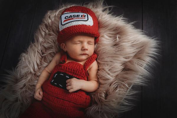 Jaxson Horak Newborn 2019