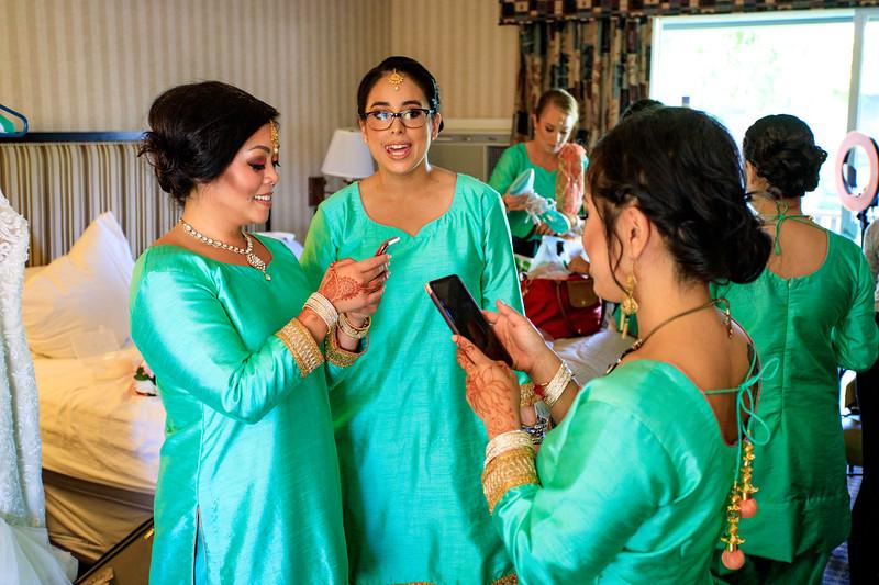Neelam_and_Matt_Gurdwara_Wedding-1190.jpg