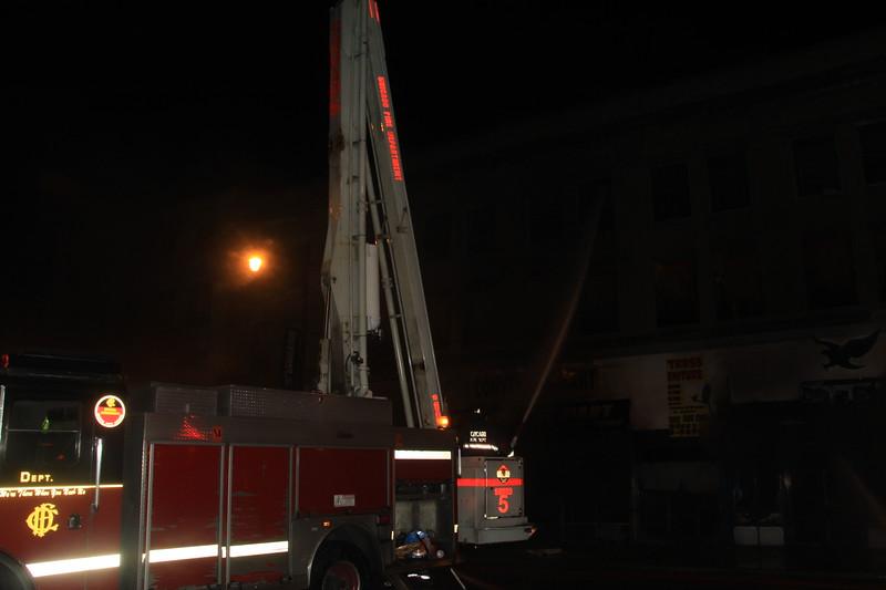 Chicago Fire Dept 3-11 63rd & halsted 002.JPG