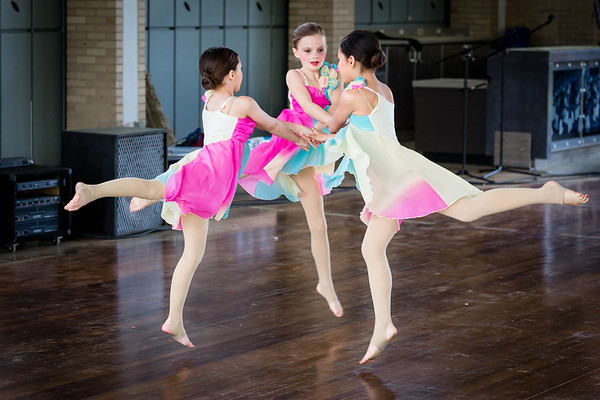 St. Louis Earth Day Festival 2014 pictures - St. Louis Academy of Dance