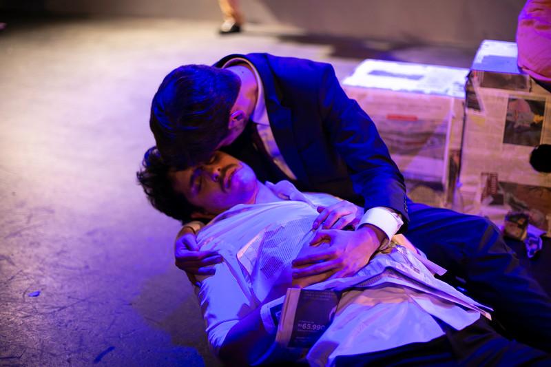 Allan Bravos - Celia Helena - O Beijo no Asfalto-2508.jpg