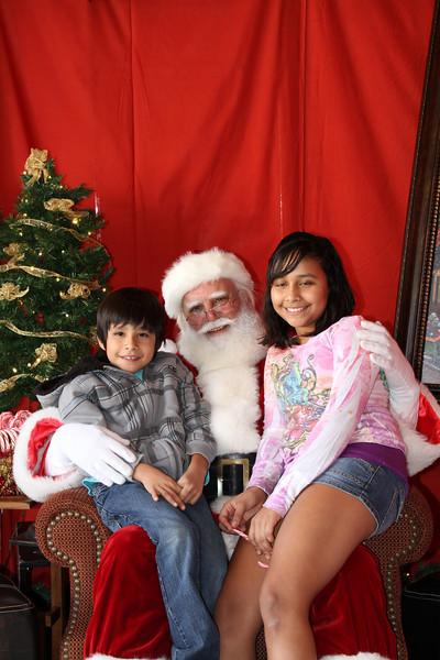 Santa Clause 27NOV2010-094.JPG