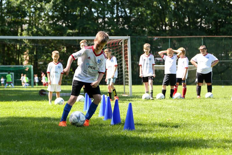 hsv_fussballschule-270_48048033487_o.jpg