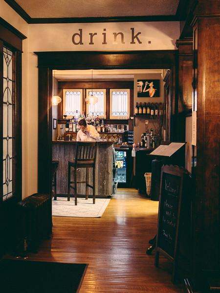 warrington interior bar 3.jpg