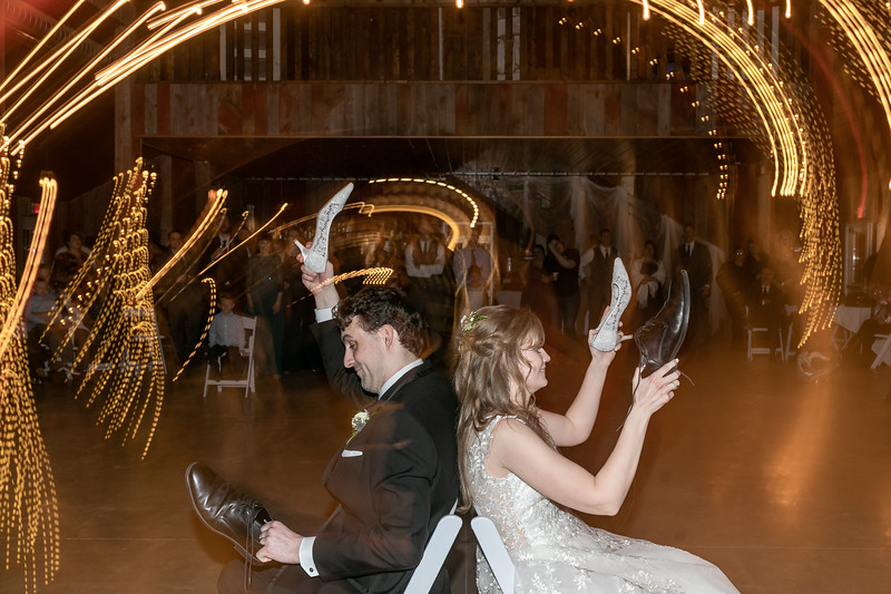 Logan_Sarah_Wedding_Rock_Ridge_Orchard_LLC_Edgar_Wisconsin_November_10_2018-371.jpg