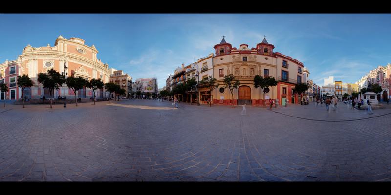Sevilla Daytime Square HDR Panorama 1.jpg