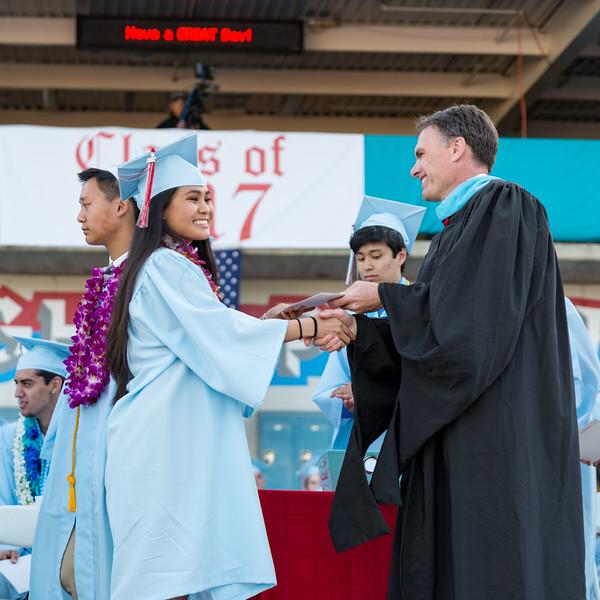 Hillsdale Graduation-85912.jpg