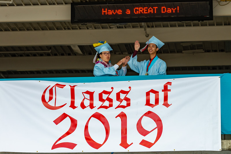 Hillsdale Graduation 2019-10215.jpg