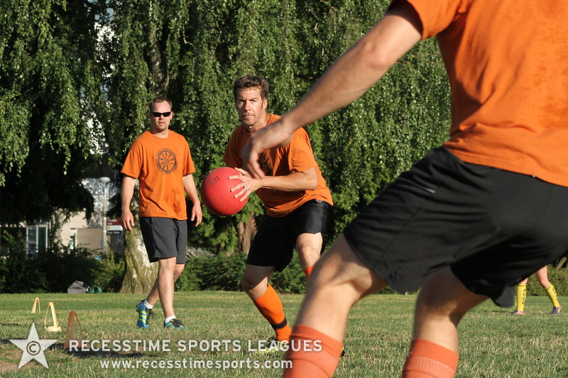Recesstime_Portland_Kickball_20120716_3558.JPG