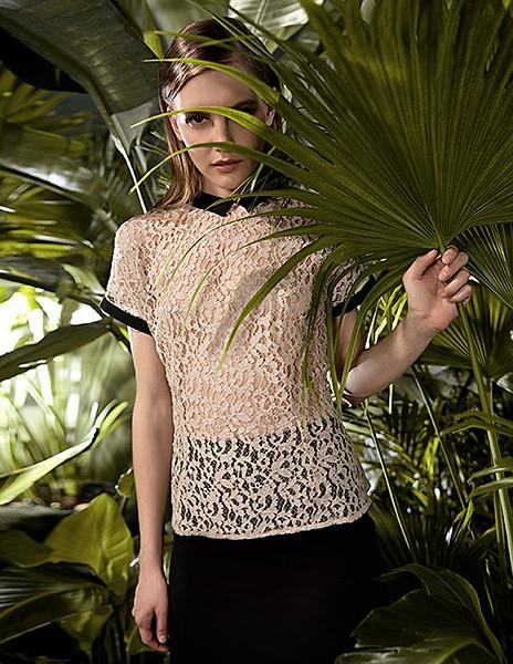 Stylist-Sabine-Feuilloley-Lifestyle-Commercial-Creative-Space-Artists-Management-67-karen-harman-spring-print.jpg
