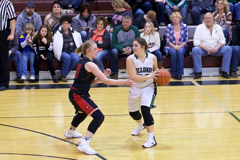 '17 Cyclones Girls Basketball 308.jpg