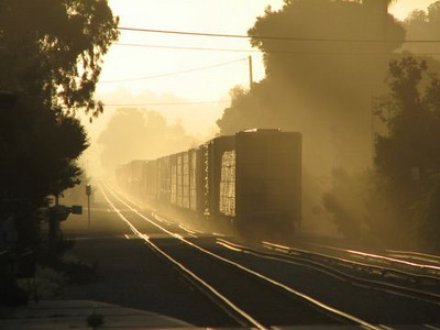 a-up-freight-sunrise-laupt.jpg