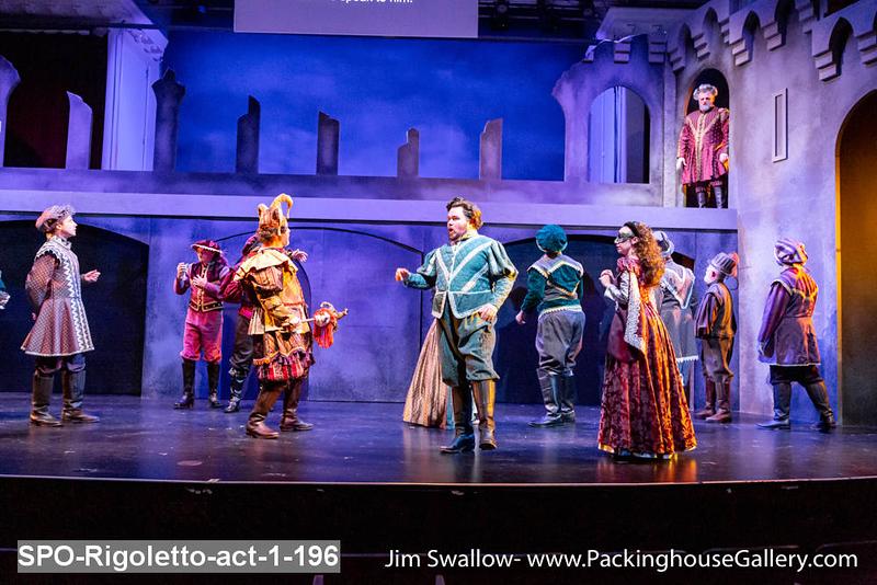 SPO-Rigoletto-act-1-196.jpg