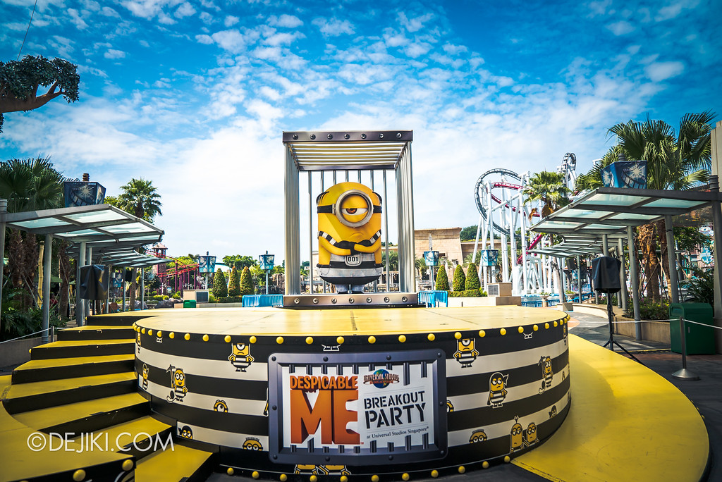 Universal Studios Singapore Park Update July 2017 - Despicable Me Minion Breakout Party event / New Minion Stage