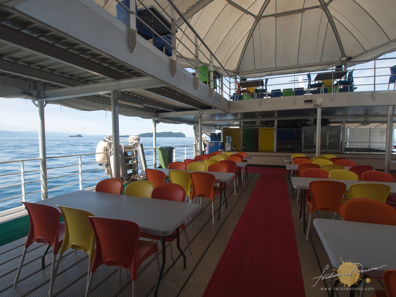 The dining area at the pontoon