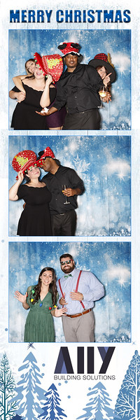 2018 ALLY CHRISTMAS PARTY BOOTH STRIPS_11.jpg