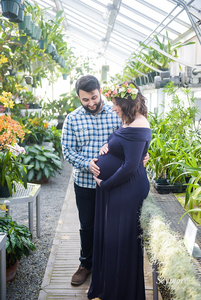 Aaron & Nicole Maternity Photos - with Logo