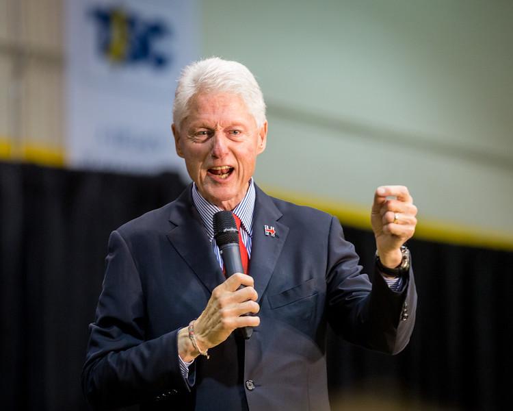 President Bill Clinton @ TCNJ 5-13-2016-43.jpg