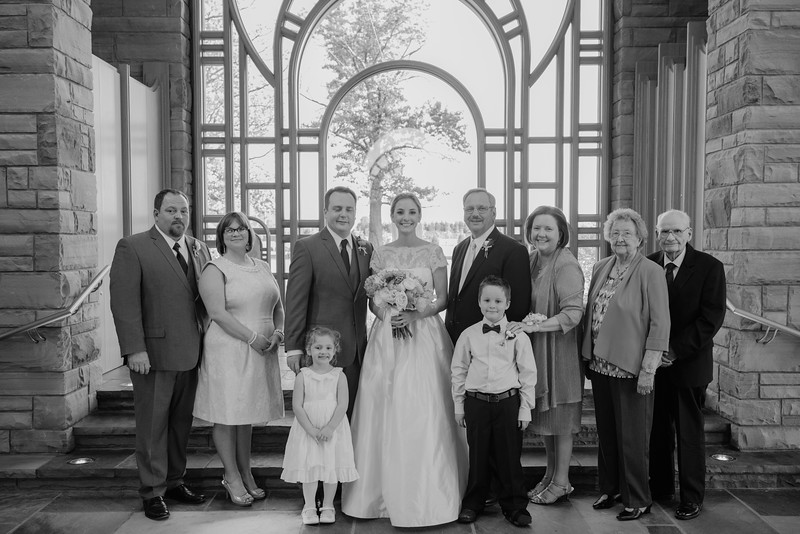 Amy+Andy_Wed-0422 (2).jpg