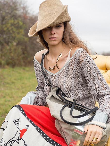 Stylist-Sabine-Feuilloley-Fashion-Editorial-Creative-Space-Artists-Management-14-TGA_agb.jpg