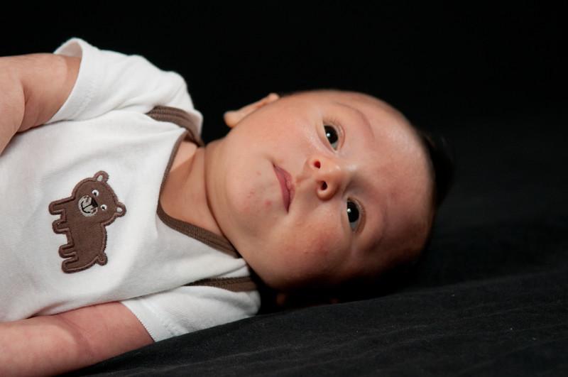 Nathan New Born-90.jpg