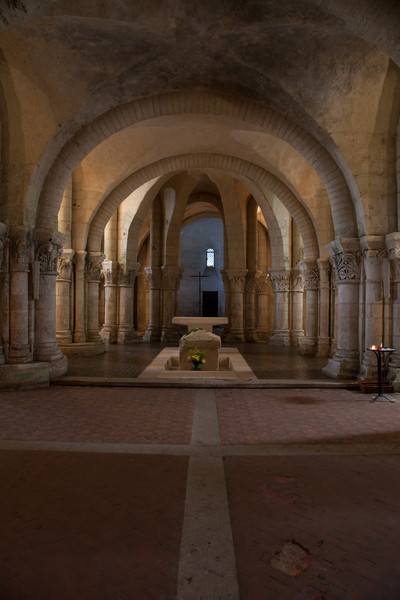 Saintes, Saint-Eutrope Church Crypt