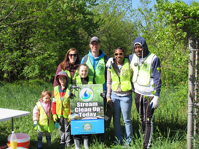 4.17.19 Bill Branch Cleanup with Watermark Group and Beacon Home Team