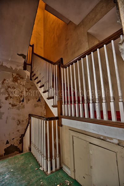 Abandoned Mansion Unexplored in NY (25).jpg
