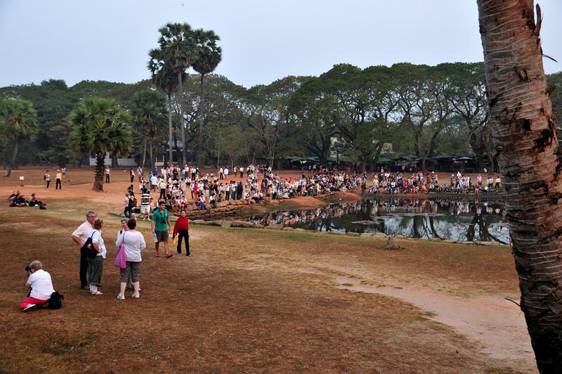 Day18-AngkorWatSunset-12.jpg