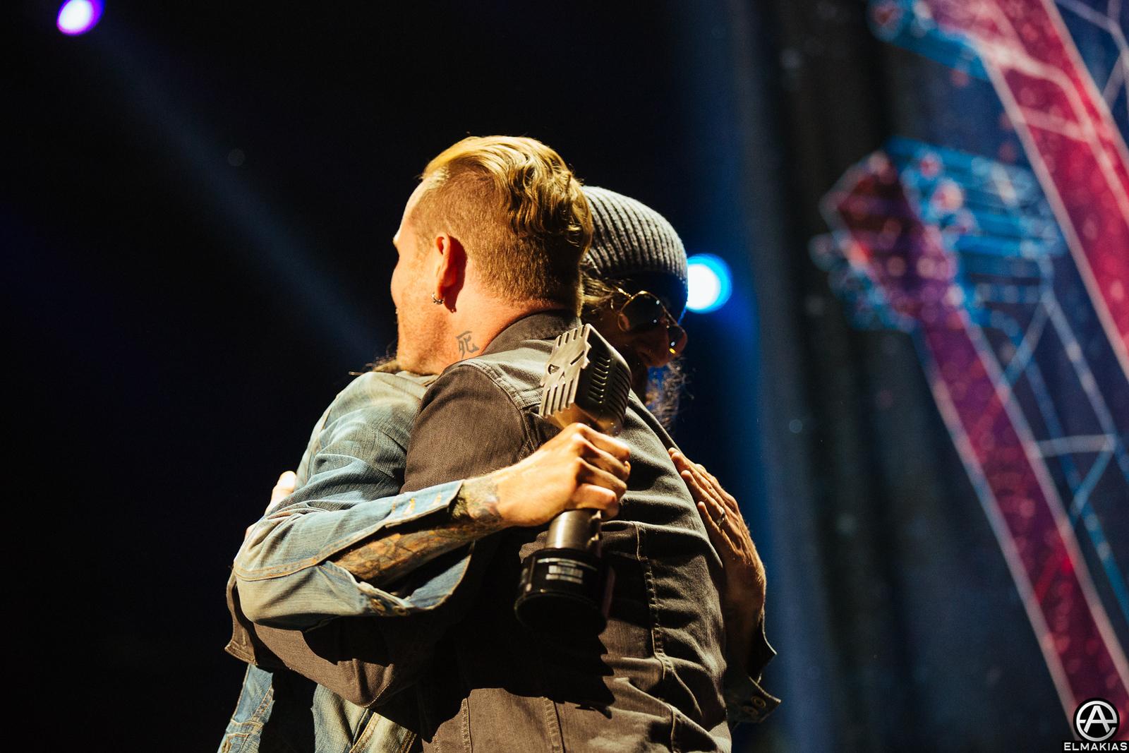 Corey Taylor of Slipknot and Rob Zombie at the APMAs 2015 by Adam Elmakias