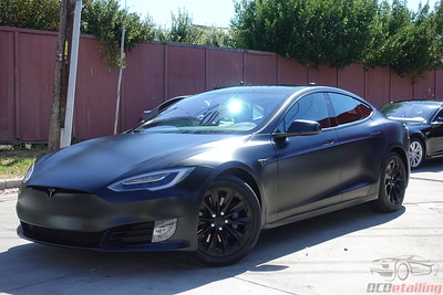 2017 Tesla Model S - Obsidian Black
