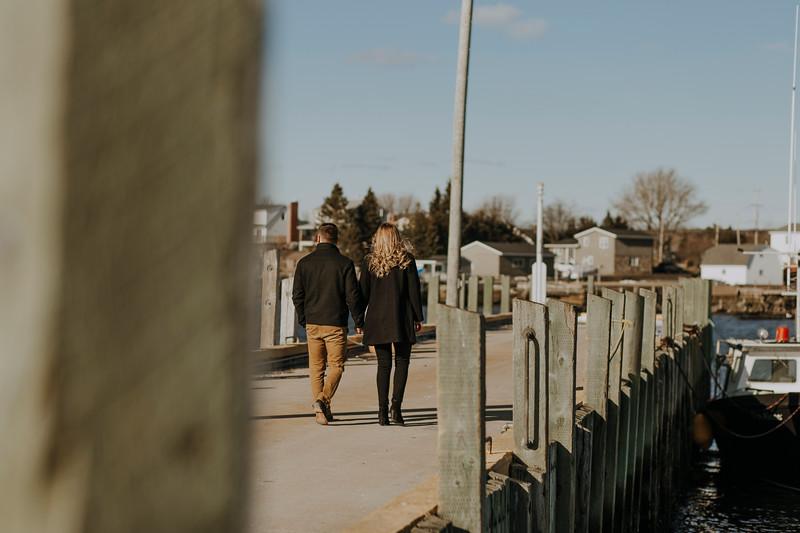 Erin&ChrisEngagement-25.jpg