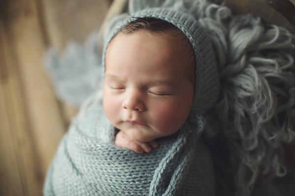 logan newborn burrito