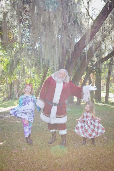 Santa Minis 2018: Sarah and Hazel!