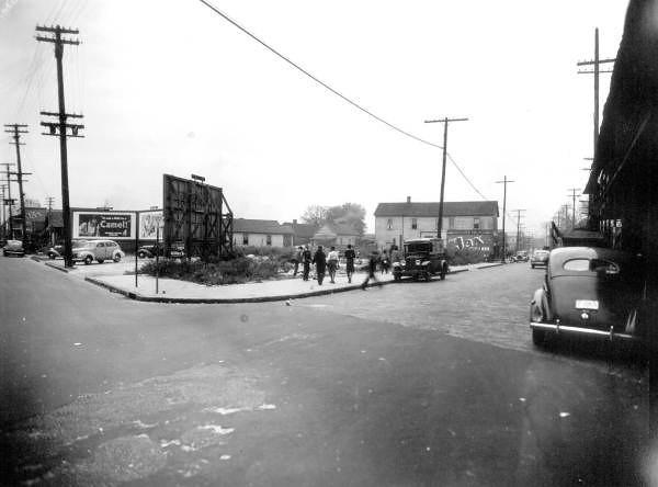 Davis St State Street - 1941.jpg