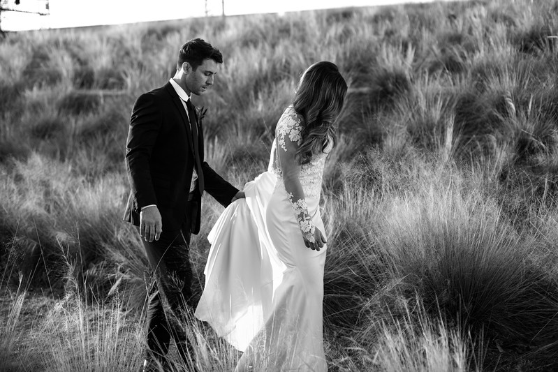 Kate&Josh_B&W_ZACH.WATHEN.PHOTOGRAPHER-469.jpg