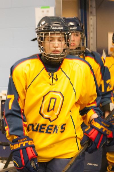 20130310 QWHockeyvsUBC 105.jpg
