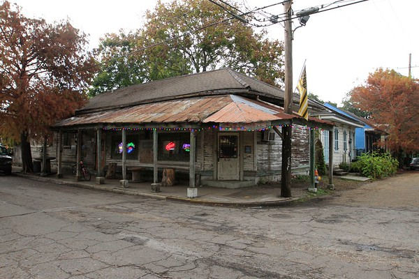 BYWATER - VAUGHN'S BAR