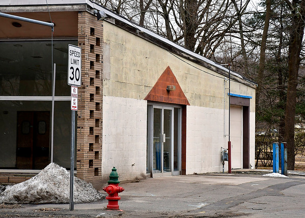 1/28/2020 Mike Orazzi | StaffrBristol signs a contract to lease the old Hostess Building to Exterior Trim on a month to month basis, pending redevelopment of the Sessions Building across the street on Riverside Avenue.