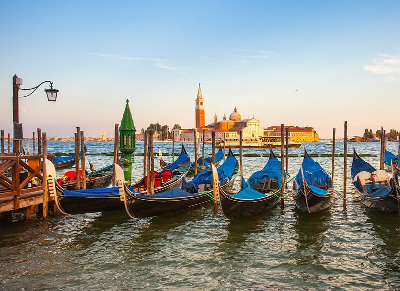 Venice-Gondolas-4022.jpg