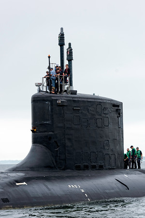 USS Missouri SSN 780 comes back to base
