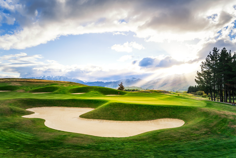 sun-rays-hills-golf-course-new-zealand.jpg